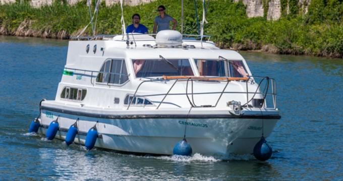 Rental yacht Fürstenberg/Havel - Europa 400 on SamBoat