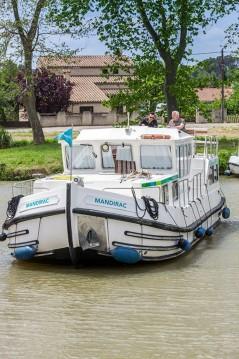 Rental Canal boat in Corbigny - Pénichette Flying Bridge 1165 FB