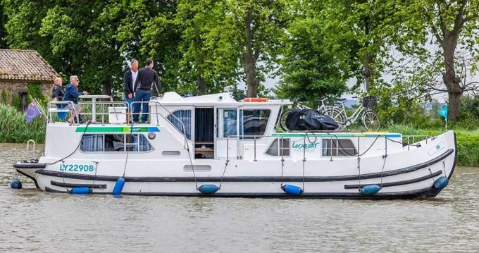 Rental Canal boat in Joigny - Pénichette Flying Bridge 1180 FB