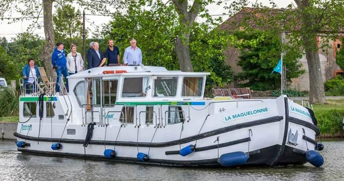 Rental Canal boat in Joigny - Pénichette Flying Bridge 1500 FB