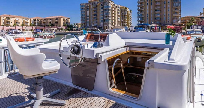 Boat rental Joigny cheap 1500 FB