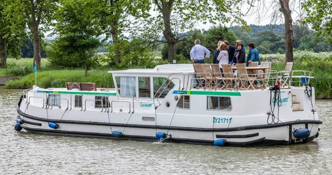 Hire Canal boat with or without skipper Pénichette Flying Bridge Joigny