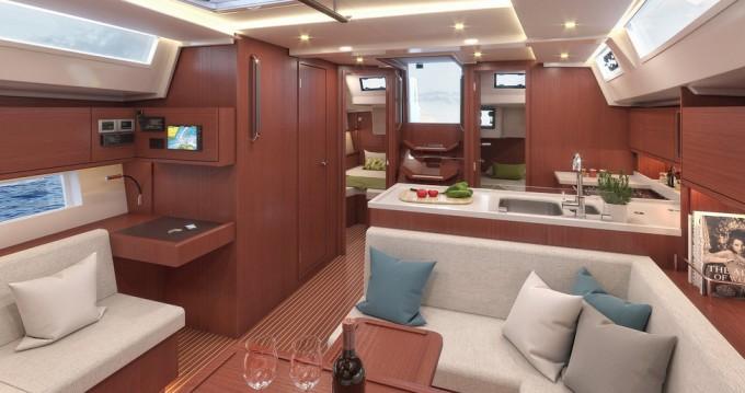 Rental yacht Lávrio - Bavaria Bavaria C45 Style on SamBoat