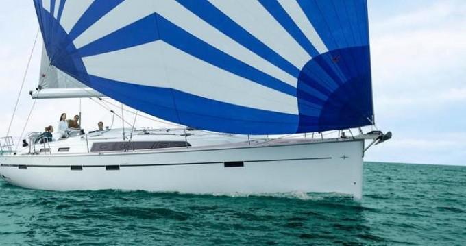 Boat rental Bavaria Cruiser 51 in Lávrio on Samboat