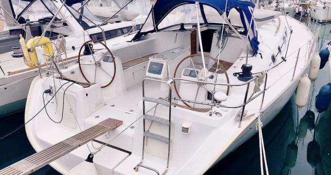 Rental Sailboat in Madeira Islands - Bénéteau Cyclades 50.5