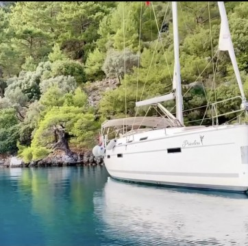 Rent a Bavaria Cruiser 40 Fethiye