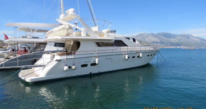 Rental Yacht Posillipo-Rizzardi with a permit