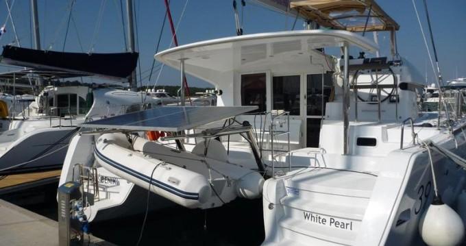 Rental Catamaran in Šibenik - Lagoon Lagoon 39