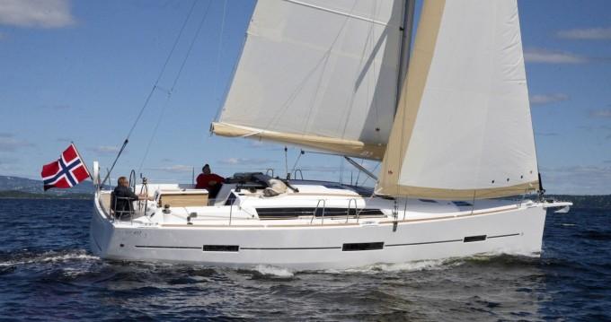 Rental yacht Saint-Mandrier-sur-Mer - Dufour Dufour 412 on SamBoat