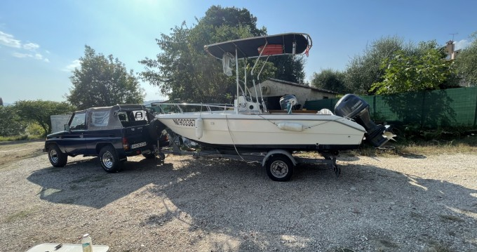 Rental Motorboat in Mandelieu-la-Napoule - Capelli Cap 17
