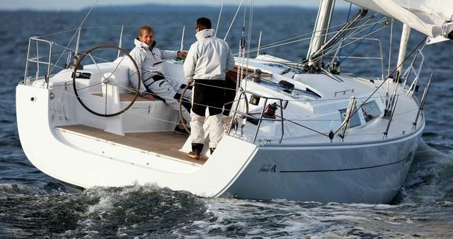 Boat rental Hanse Hanse 400 in Préveza on Samboat