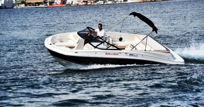 Rental yacht Biograd na Moru - Bayliner VR6 on SamBoat