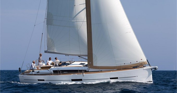Hire Sailboat with or without skipper Dufour Valletta