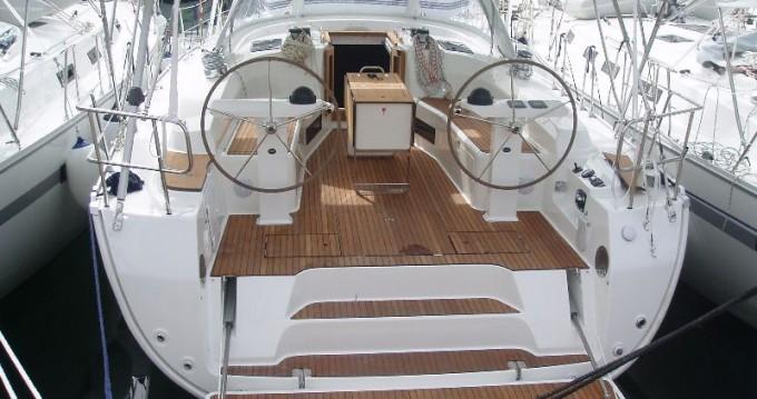 Rental yacht Alimos - Bavaria Cruiser 45 on SamBoat