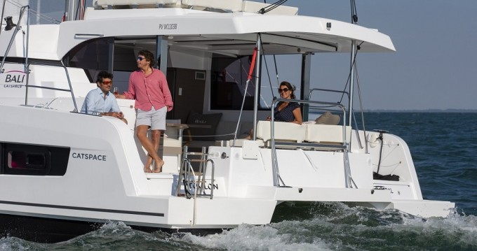 Hire Catamaran with or without skipper Bali Catspace 40 Tortola