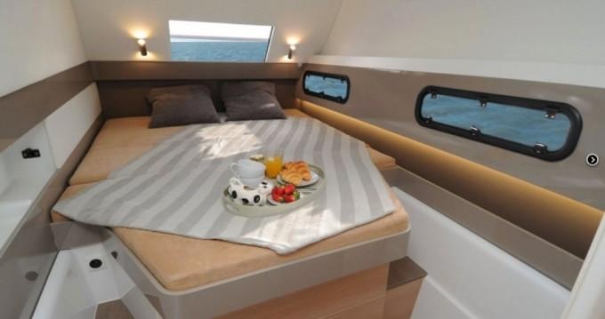 Hire Catamaran with or without skipper Catana Burlington