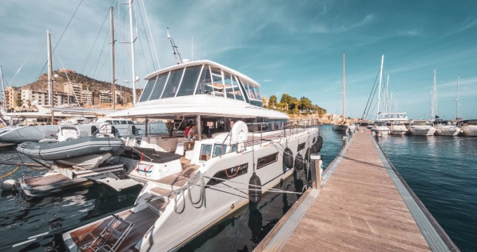 Rental yacht Marina di Portorosa - Lagoon Lagoon 630 Motor Yacht on SamBoat