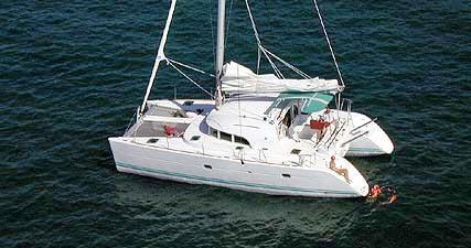 Rental Catamaran in Marina di Portorosa - Lagoon Lagoon 380 S2