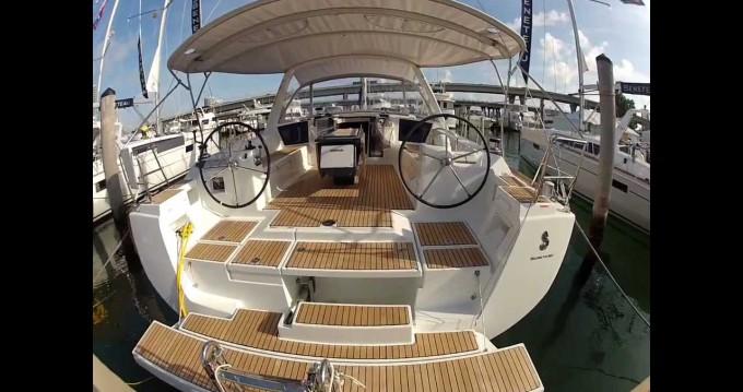 Rental Sailboat in Paros Island - Bénéteau Oceanis 45