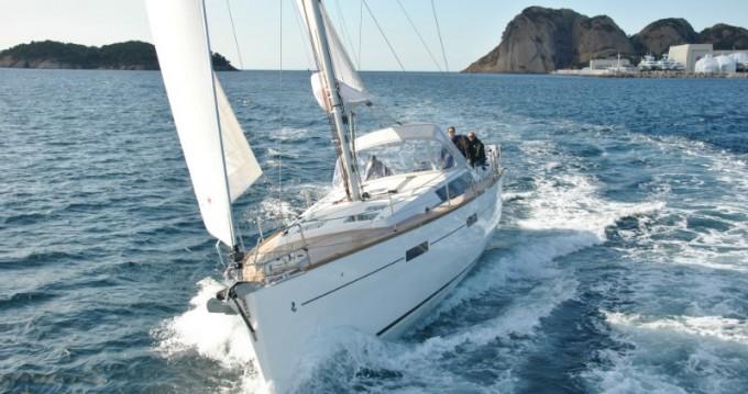 Boat rental Paros Island cheap Oceanis 45