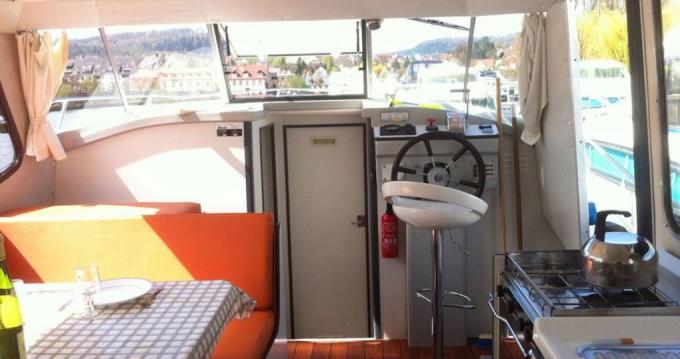 Rental Motorboat in Sireuil - Riviera Riviera 920