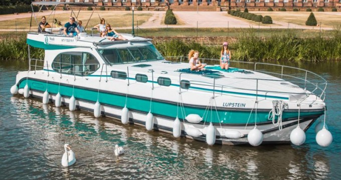 Hire Motorboat with or without skipper  Venarey-les-Laumes