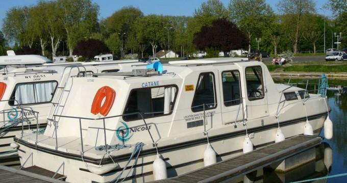 Rental Motorboat in Buzet-sur-Baïse - Riviera Riviera 920