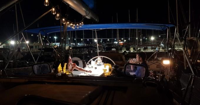 Rental Sailboat in Porto di Palermo - Bénéteau Oceanis 411 Clipper