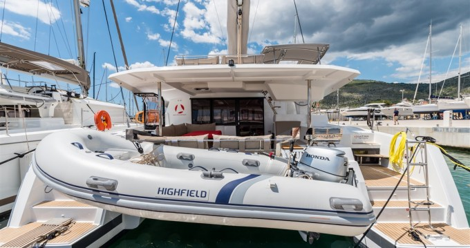 Rental yacht Seget Donji - Fountaine Pajot Saona 47 on SamBoat
