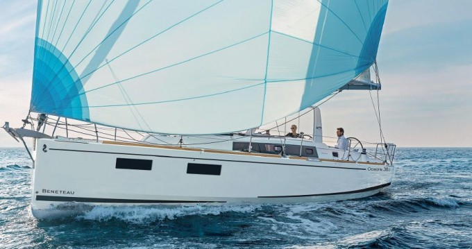 Bénéteau Oceanis 38.1 between personal and professional Pomer