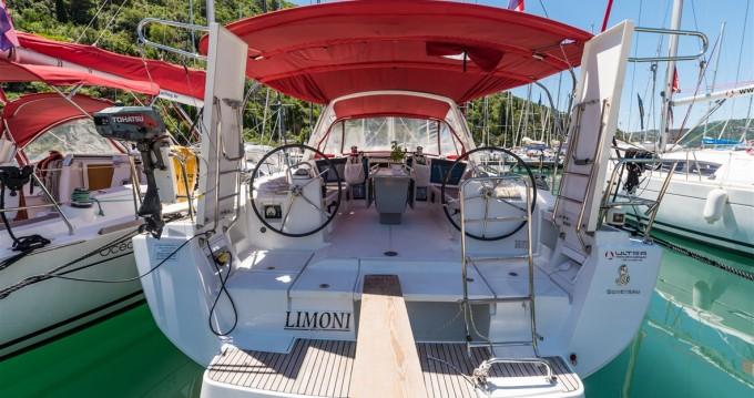 Rental Sailboat in Pomer - Bénéteau Oceanis 41