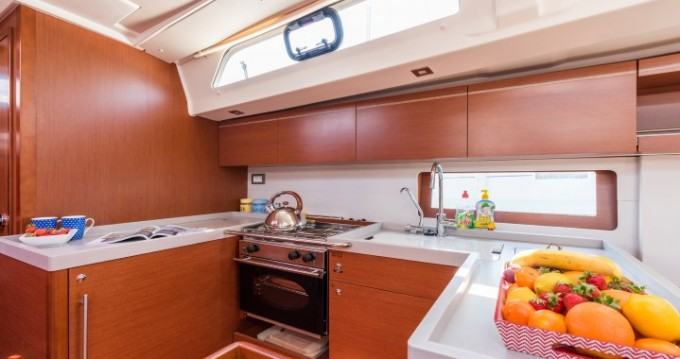 Hire Sailboat with or without skipper Bénéteau Split