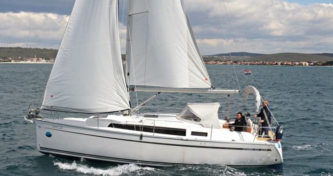 Rental yacht Sukošan - Bavaria Cruiser 33 on SamBoat