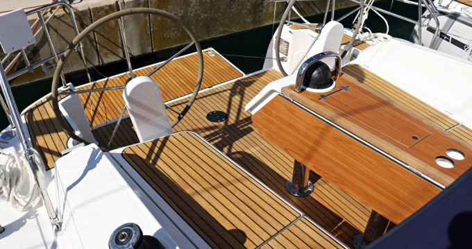 Boat rental Sukošan cheap Cruiser 37