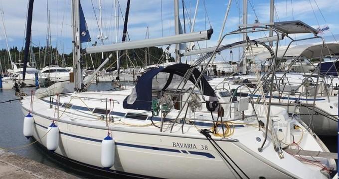 Boat rental Port du Crouesty cheap Bavaria 38