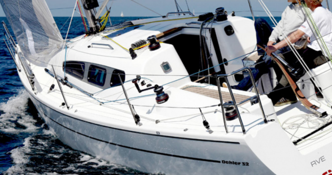 Boat rental Dehler Dehler 32 in Port du Crouesty on Samboat