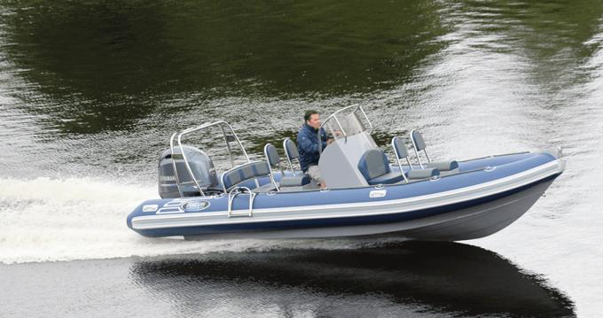 Boat rental Port du Crouesty cheap Falcon 650