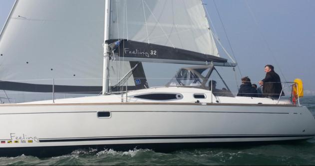 Rental yacht Port du Crouesty - Feeling Feeling 32 on SamBoat