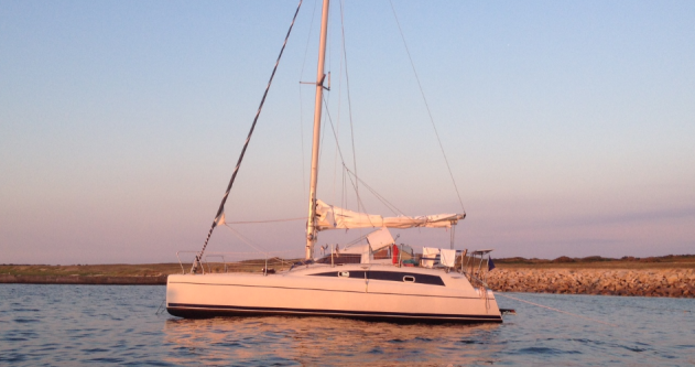 Hire Catamaran with or without skipper Fountaine Pajot Port du Crouesty