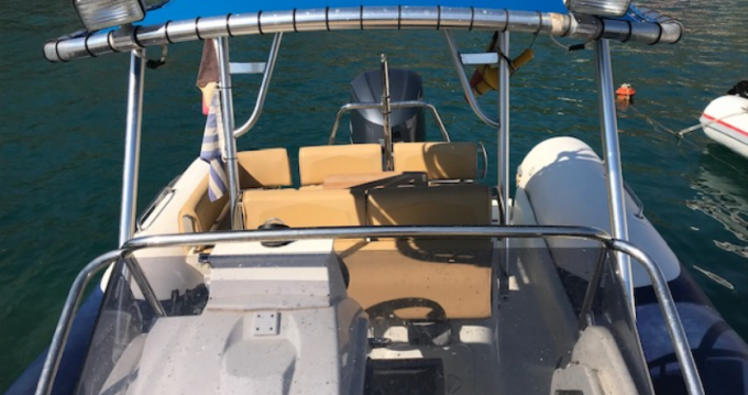 Hire Motorboat with or without skipper Zodiac Port du Crouesty