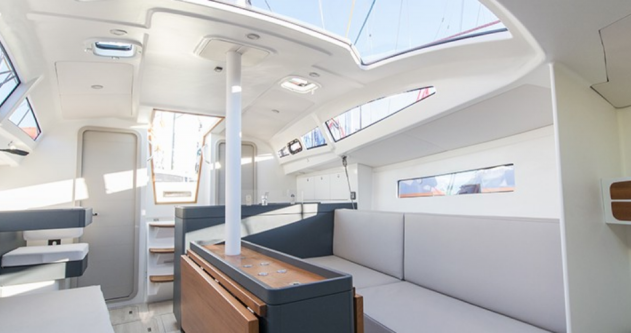 Rental Sailboat in Port du Crouesty - Fora Marine RM 970