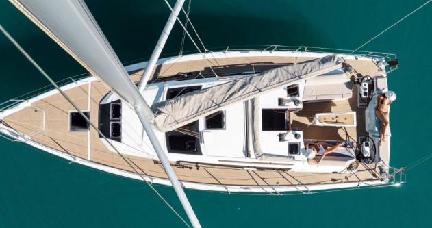 Boat rental Port du Crouesty cheap Dufour 390 Grand Large