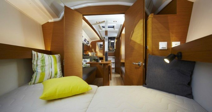 Rental yacht Volos - Jeanneau Sun Odyssey 349 on SamBoat