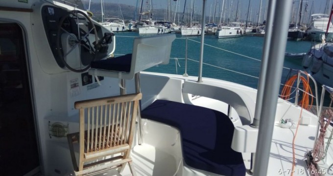Hire Catamaran with or without skipper Fountaine Pajot Lefkada (Island)
