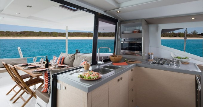 Rental yacht Mykonos (Island) - Fountaine Pajot Lucia 40 on SamBoat