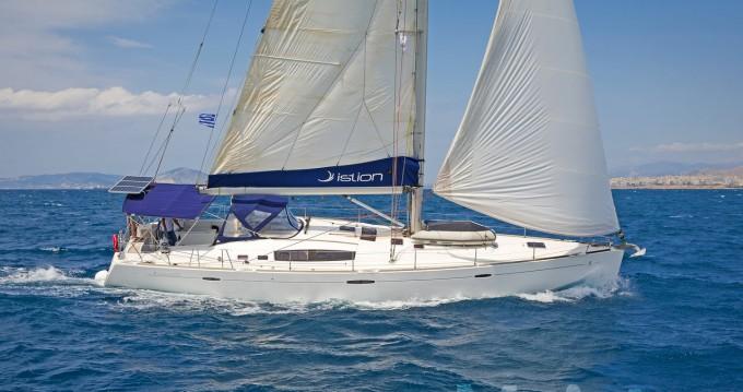 Bénéteau Oceanis 54 between personal and professional Lávrio