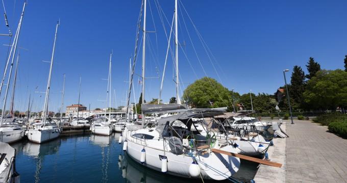 Rental yacht Zadar - Elan Impression 40 on SamBoat