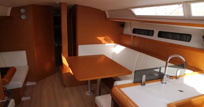 Rental Sailboat in Paros Island - Jeanneau Sun Odyssey 439