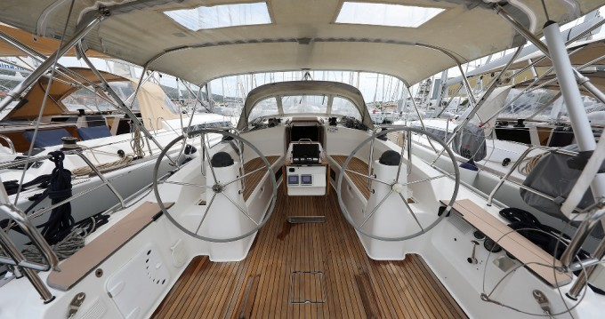 Boat rental Bavaria Cruiser 40 in Trogir on Samboat