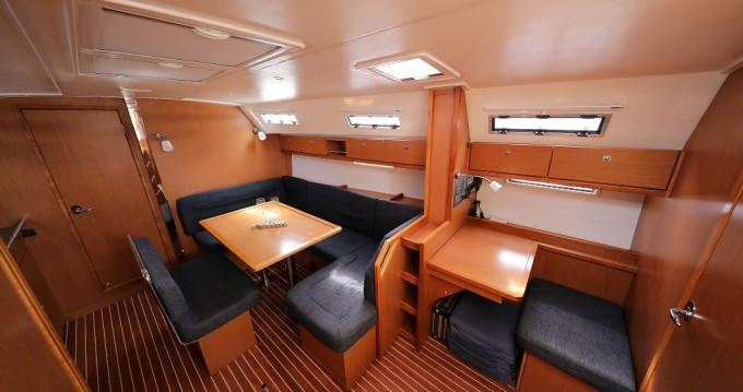 Rent a Bavaria Cruiser 40 Trogir